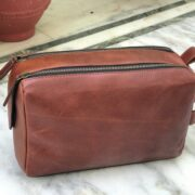 Rocky leather toiletry bag